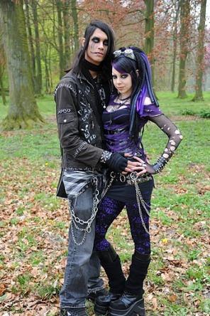 goth couple 22