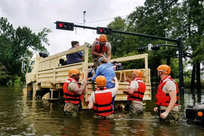 disaster-relief-hurrican-harvey-960x640