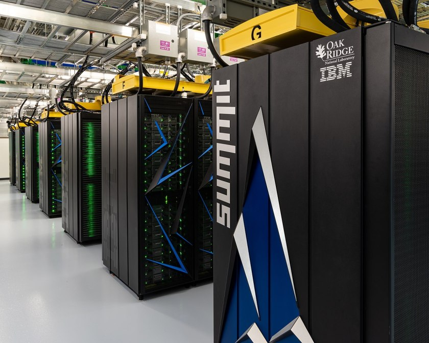 1280px-Summit_(supercomputer)