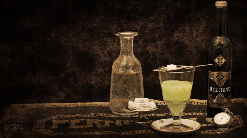 absinthe-4218874_1280